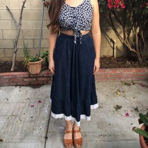 Vintage denim skirt with cotton trim